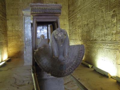 ホルス神殿は保存状態のよさでは指折りだ