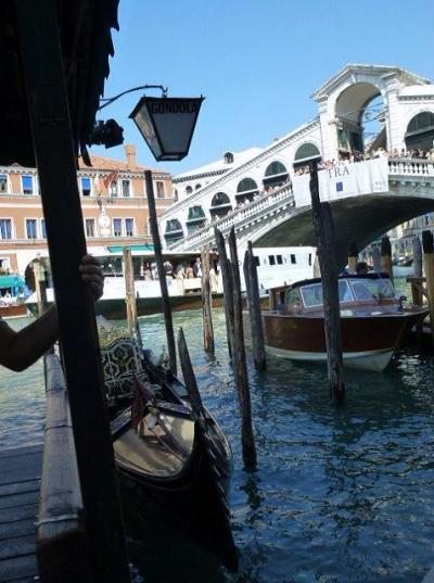 ヴェネチア再訪【37】活気溢れたリアルト橋はヴェネチアのランドマーク(イタリアを夢見て【D07】)