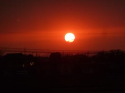 奥の細道を訪ねて第12回⑳帰路の新幹線の窓に映った夕焼け