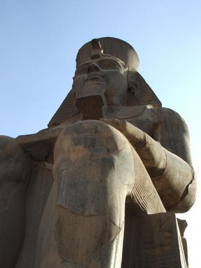 ハプニングの多かったエジプト10日間の旅・・・その1(出発~ルクソール東岸編)