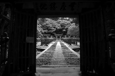 白い東光寺の世界