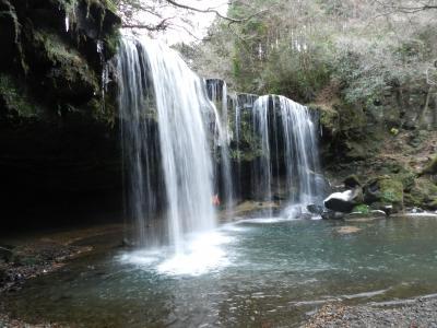 『鍋ヶ滝』と『遊水の滝』(熊本県小国町)◆2011年年末・南九州4県の旅≪その15≫