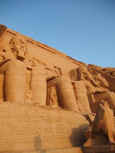 やっぱり一度はこの目で見てみたい!!エジプト旅行記2010~観光4日目:アブシンベル神殿~アスワン