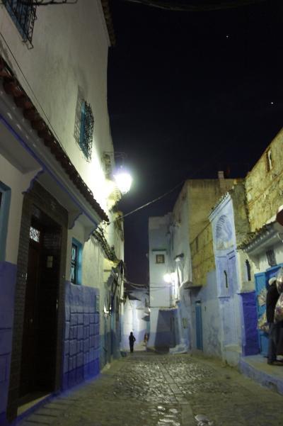 ひたすらブルーの世界・おとぎの街~シャウエン・Chaouen~【夜のメディナ】