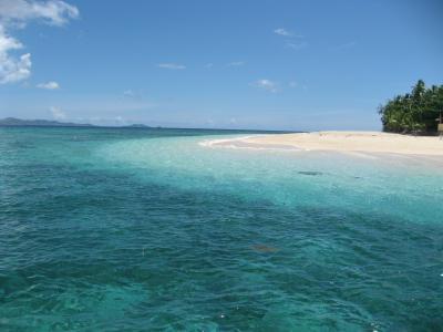フィジー ママヌザ諸島アイランドホッピング