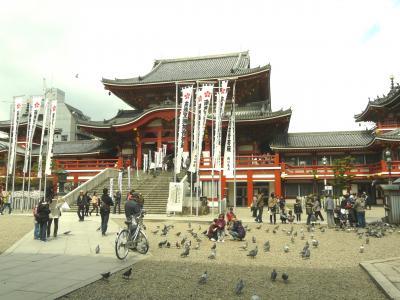 名古屋の大須は春満開でした。