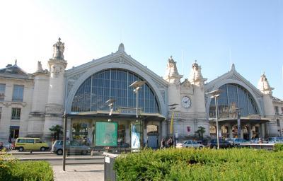 パリ・ロンドン紀行(3) TGVでロワール河畔のトゥールへ  美しい街並み、親切な人に癒される