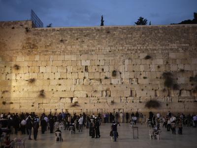 イスラエル女一人旅。緊張の入国~エルサレム旧市街と嘆きの壁。