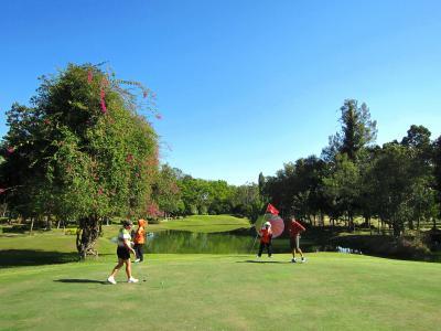 チェンマイ滞在記 ゴルフ快適プレー 1月~2月/2012