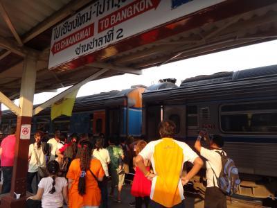 20120227 ピッサヌロークへ。やっと鉄道南下の旅開始です。