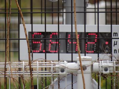 「時が止まってしまった町」 警戒エリア内の「富岡町」に入る