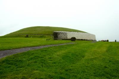 エメラルドの島★アイルランドの旅:ニューグレンジ