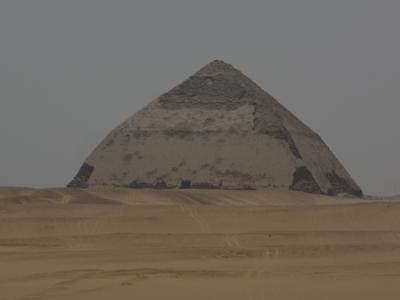 エジプト旅行(4)ダハシュール・メンフィス・サッカーラ