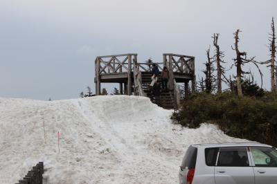 2012年 5月 GWにスキーができる八幡平と雪の回廊、アスピーデラインの車窓からの眺め