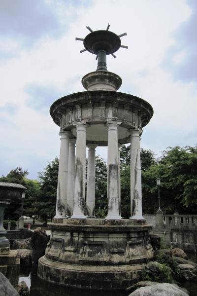 2012春、鶴舞公園散策(1)噴水塔、奏楽堂、胡蝶ケ池