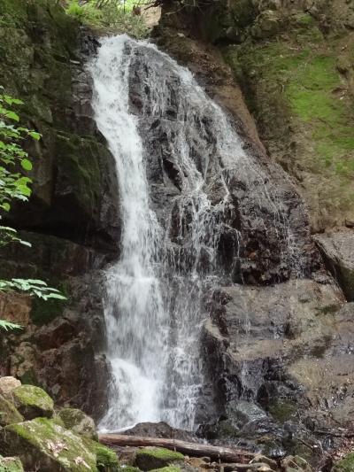 滝を見に日帰りの旅(1) 兵庫県宍粟市~大釜の滝~