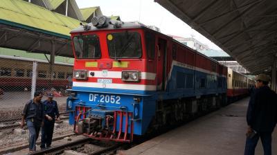 ヤンゴン~バガン 僕達特急、寝台列車で行こう!