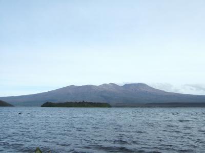 ロトアイラ湖に浮かぶ世界遺産マオリの聖地トンガリロ NZドライブ紀行 2012.05 vol.11