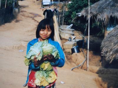 「微笑みの国」の子ども達  in Thailand (1998~2004)