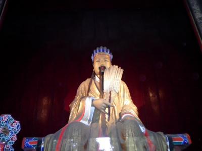 ユーラシア 西へ8: 成都=蜀都 「諸葛孔明神社・武候祠」