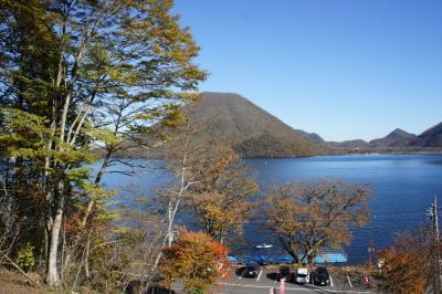 榛名湖に榛名神社とちょこっと竹久夢二 ~奇岩と青い湖のコンパクトな観光スポットです