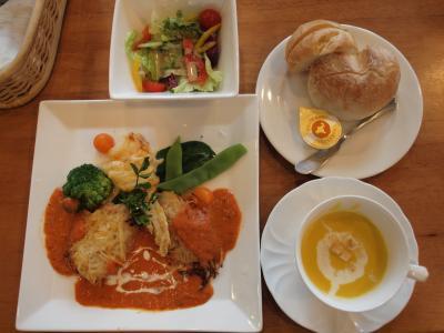伊東温泉 東海館向かいにある カフェダイニング ナナヴァルさんで美味しいランチをいただきました 2012年6月