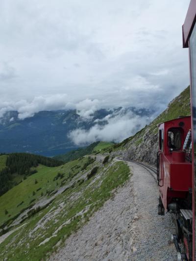 列車で巡るオーストリア--ザルツカンマーグート・シャーフベルク山編