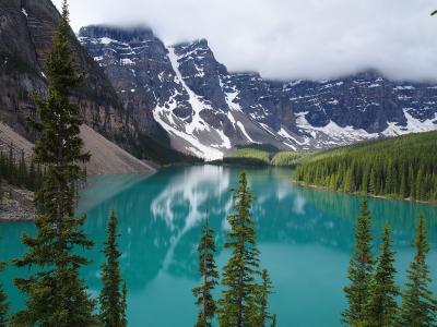 4度目にして初めて、夏のカナダ-7泊9日の旅 Vol.3-朝のモレーン・レイクと、レイク・ルイーズのハイキング♪