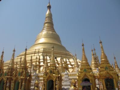 ビルマ・マンダレー特急旅行(24)ヤンゴン「シュエタゴン・パヤー寺」。