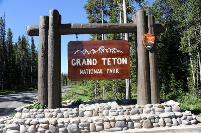 「アムトラックとドライブで行くアメリカ国立公園の旅・グレイシャー&ウォータートン&イエローストーン・グランドティトン」 NO.9 全米で最も美しい景色のグランドティトン国立公園内にあるJackson Lake Lodgeに宿泊