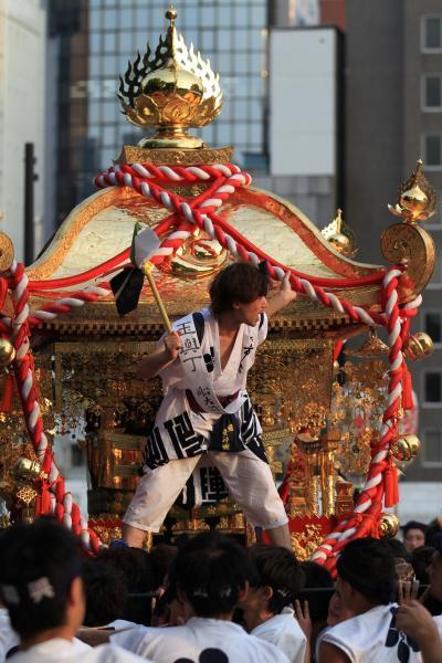 天神祭2012 一千余年の伝統を誇る日本屈指の祭典 「本宮・陸渡御②」