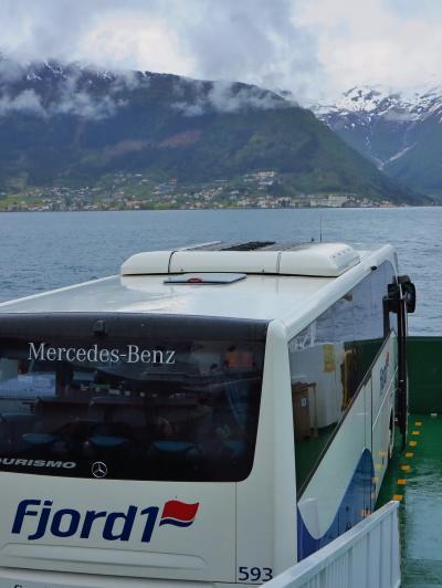 北欧GR47 NOR25 バングスネスからヴィーエへ  ☆フェリーにバスごと乗船