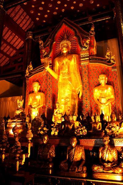 北タイの25寺院&北タイのグルメ旅 in チェンマイ★2011 03 2日目【CNX】