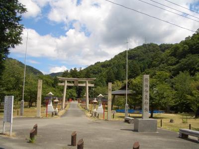 お守りを奉納しに行く旅4 -和気神社編- + エヴァと日本刀展(2012.8.6)