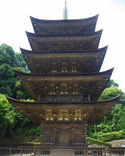 山陰・山陽温泉の旅(2012年7月)。。。その3「山口市 瑠璃光寺の五重塔」