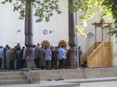 2011年秋ウズベキスタン旅行第4日目(5)シャフリサーブス:思ったより見応えあった、 ティムールの故郷のいにしえの宮殿のある町