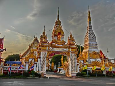 上海よりシンガポールまでの旅日記2012(15)ナーコン・パノム二日目