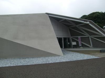 下関市川棚温泉交流センター 川棚の杜 設計:隈研吾