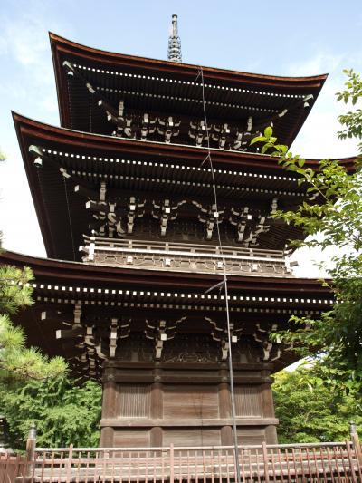 大銀杏が境内に鎮座する飛騨国分寺
