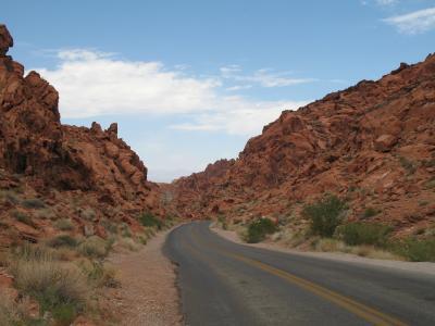 ラスベガスからバレーオブファイヤー州立公園へドライブ