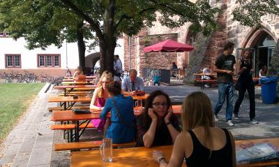 【ライン川周辺で夏休み】その11−ハイデルベルク大学の学生食堂でランチを
