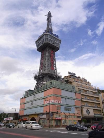 昭和の香り満載の別府タワーのある町