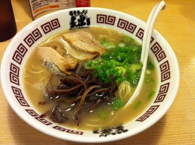 日帰り福岡旅行★ ラーメン食べに博多へ行ってみた。 ~徹夜明けで福岡へ。滞在時間は3時間。~