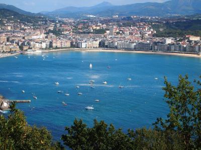 美しい海岸線と美食の街、サンセバスチャン