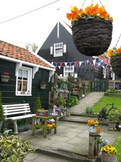 春はオランダ!(10)チーズや木靴の工房を見学に、マルケンへ