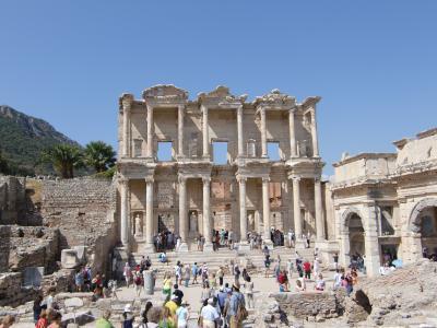 ツアーでヨーロッパ旅行(お一人様)トルコ(ペルガモン、エフェソス、パムッカレ)