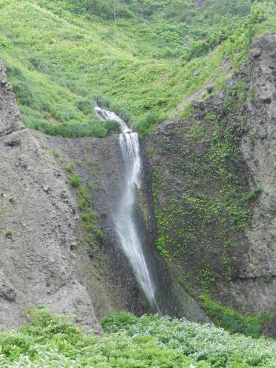 島牧,瀬棚の海岸沿いにかかる3つの滝「白糸の滝」「藻岩の滝」「横滝」◆2012年初夏の爽やか北海道の旅≪その4≫