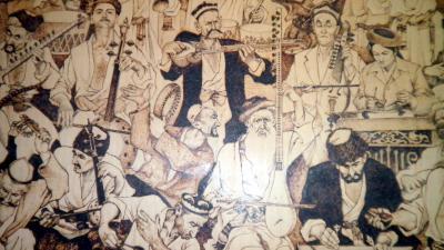 ユーラシア 西へ31: カシュガル 「国際バス」 と 「シルクロード博物館」