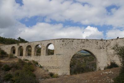 20121009 サフランボル 宿のツアーで、ヨリュク村・インジェカヤ水道橋・ブラクの洞窟