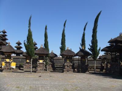遺跡を巡る インドネシア7日間 09